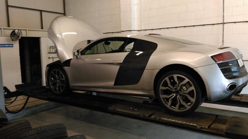 Audi R8 MOT testing